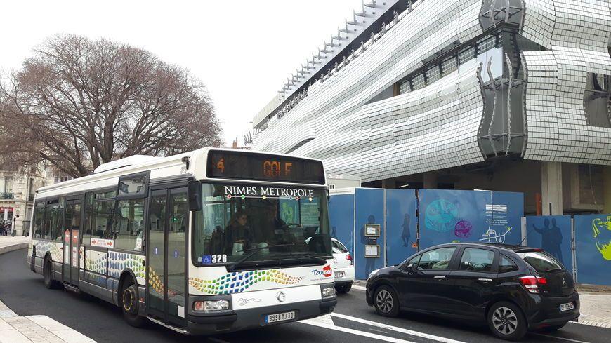 Un bus du réseau Tango à Nîmes