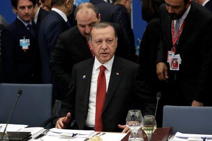 Recep Tayyip Erdogan à un dîner de travail dans le cadre du sommet de l'OTAN à Bruxelles en mai 2017
