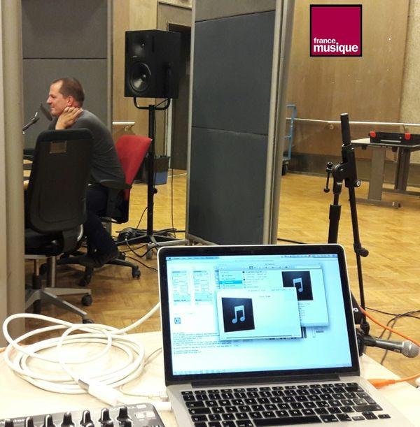 Alessandro Bosetti au studio 107 de Radio France