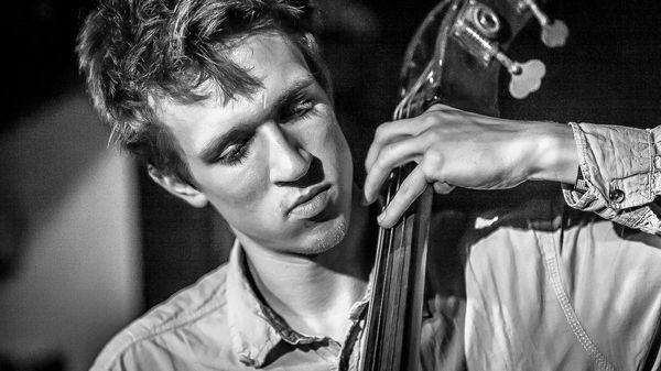 Jazz Trotter : Misha Mullov-Abbado - Cross-Platform Interchange