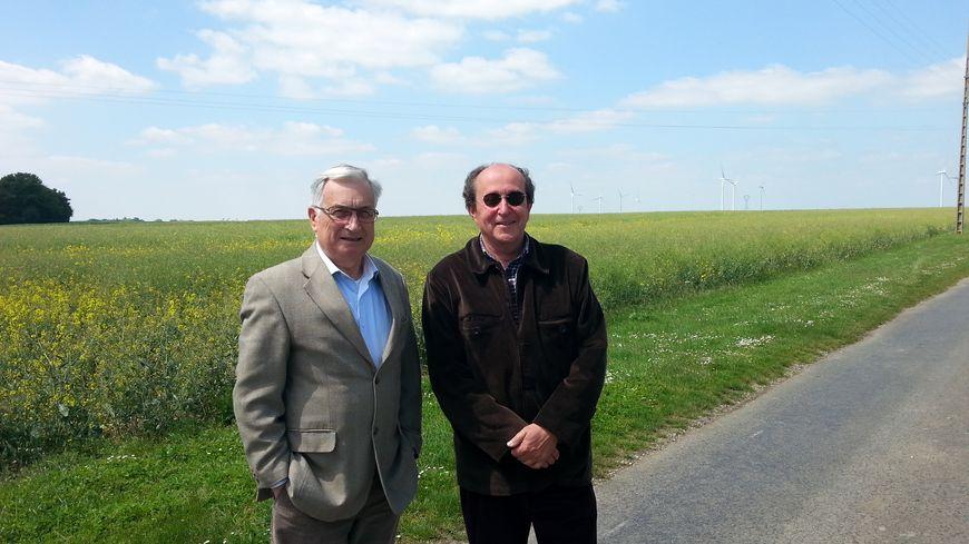 Le maire Guy Riolet et son adjoint Nicolas Rabaté font barrage au projet