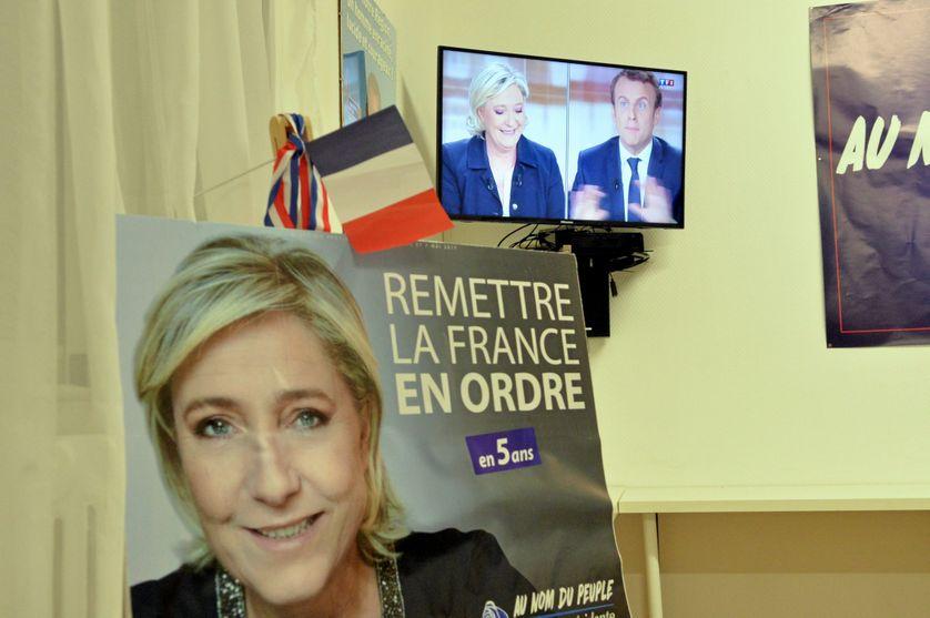 Présidentielle : le débat Le Pen - Macron de l'entre-deux-tours vu de Perpignan au QG quartier général des militants du Front National