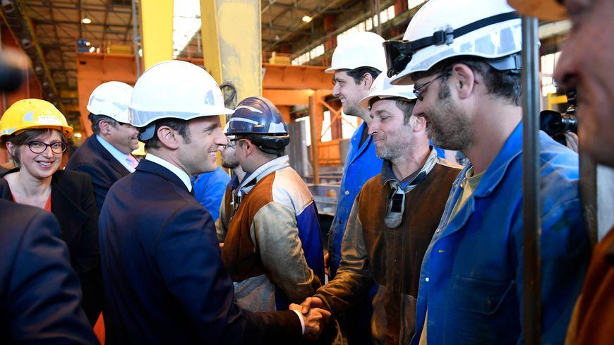 Emmanuel Macron aux Chantiers de l'Atlantique pour la livraison du Meraviglia