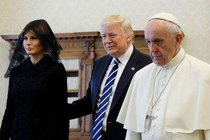 Melania et Donald Trump reçus par le Pape François