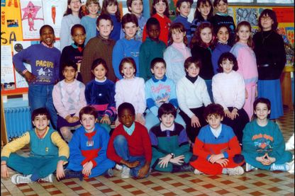 Photo de classe en 1990.