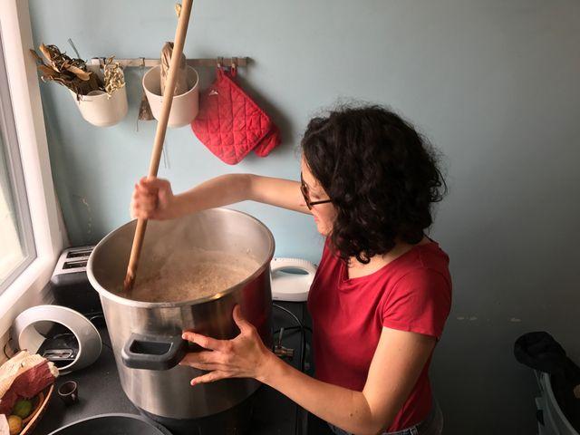 A domicile, le secret du brassage est dans le geste