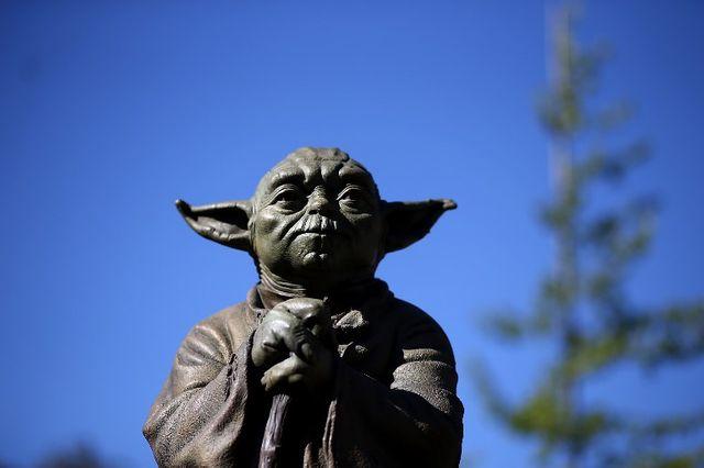 Statue de Maître Yoda à San Anselmo (Californie)