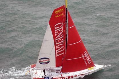 Yann Elies, skipper du monocoque de Generali, prenant le début de la 6ème édition de la course de voiles autour du monde Vendée Globe