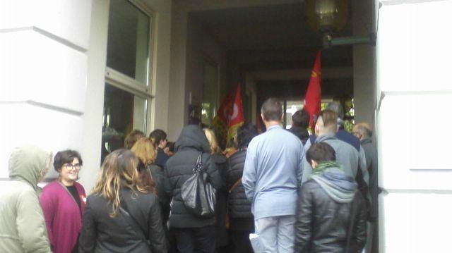 Mobilisation des personnels de l'hôpital de Montfavet à l'appel de la CGT