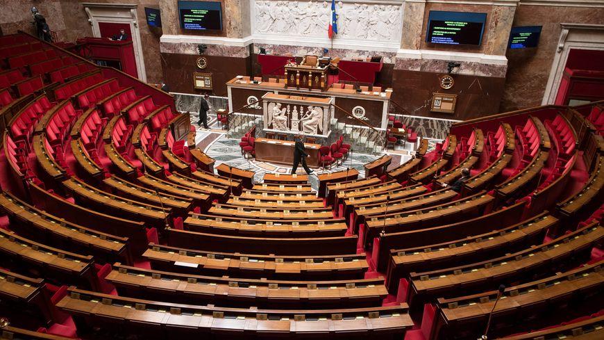 Les élections législatives se dérouleront les 11 et 18 juin