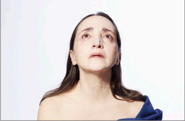 """Dominique Blanc dans """"Le Testament de Marie"""""""