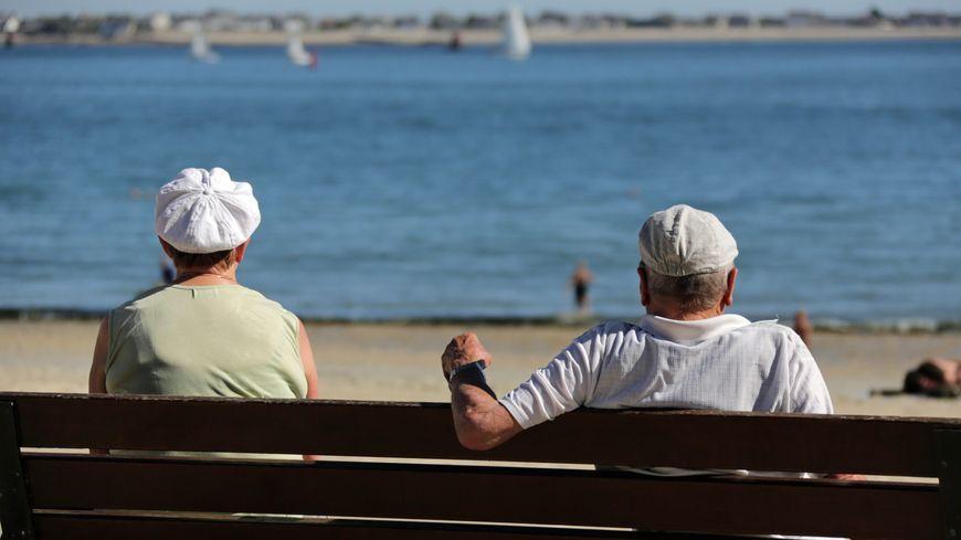 De nombreux seniors devraient notamment être installés sur les départements du littoral.