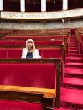 Patricia Mirallès, assise à la place occupée par Georges Frêche en son temps.