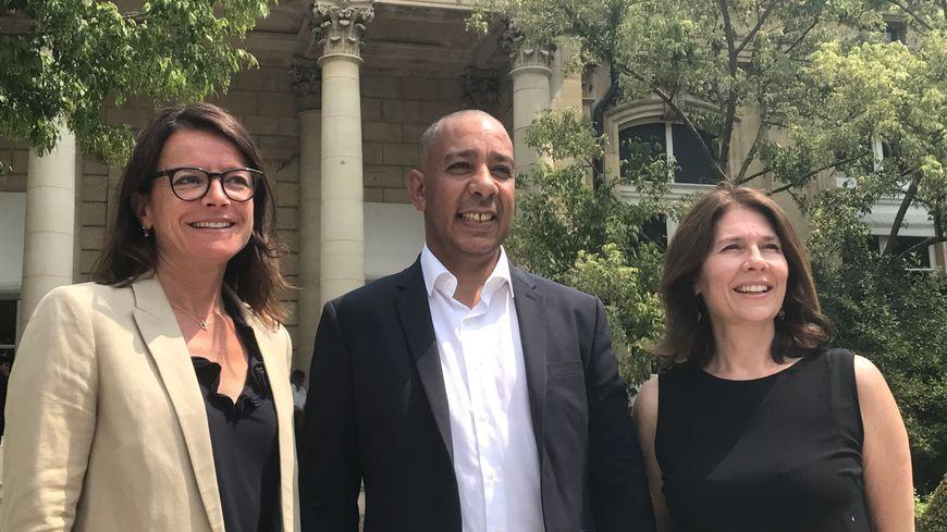 Laurence Maillard Mehaignerie, Mustapha Laabid et Christine Cloarec dans le jardin des Quatre Colonnes