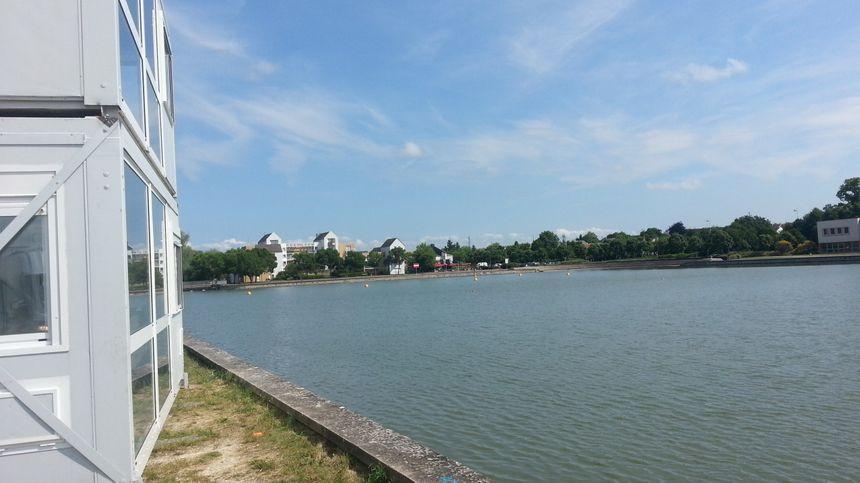 La zone d'arrivée sur le lac d'Auron de Bourges