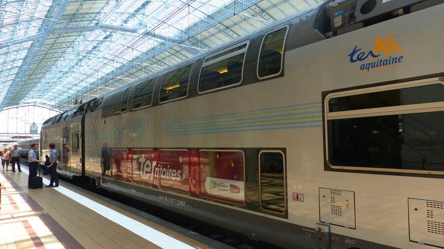 La dernière rame de TER Nouvelle-Aquitaine nouvelle génération est arrivée. Illustration à la gare de Bordeaux Saint-Jean, le 22 juin 2017.