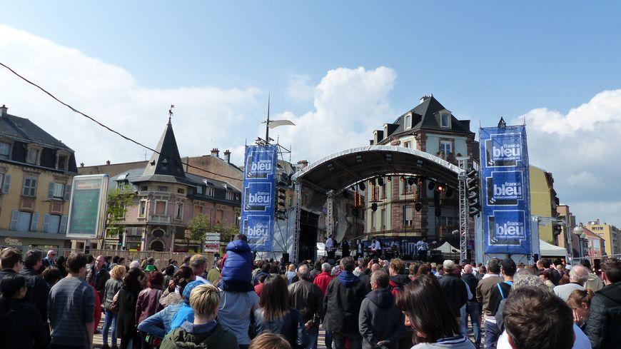 Une minute de silence a été respectée à 18 heures sur toutes les scènes du festival à Belfort