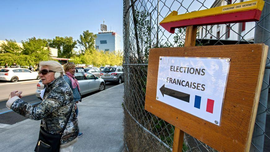 Pour ces législatives, 53 bureaux de vote accueillent les Français installés en Suisse.