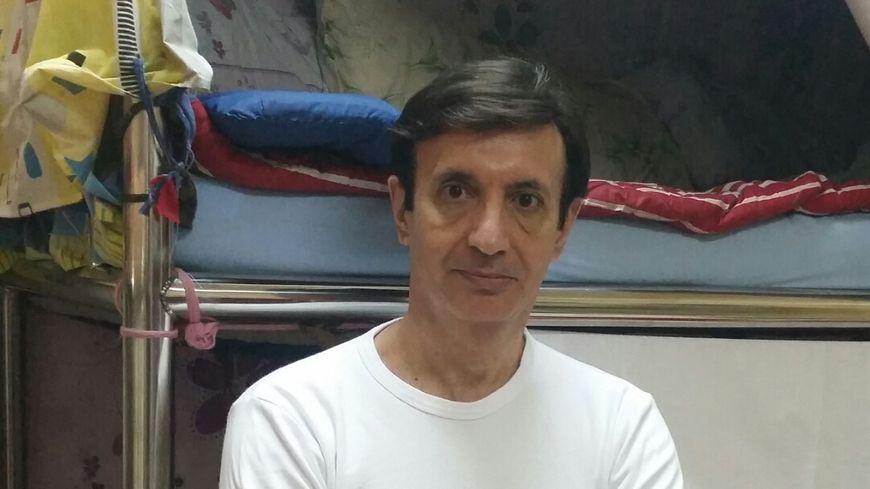 Jean-Pierre Marongiu dans sa cellule de la prison centrale de Doha