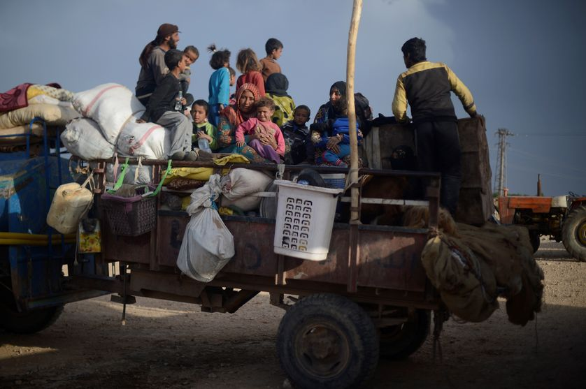 Civils fuyant les combats à Raqqa, le 26 mai 2017