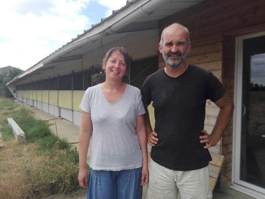 Sébastien Vétil et sa compagne Vanessa André se mobilisent la pérennité des terres agricoles à Cormeré