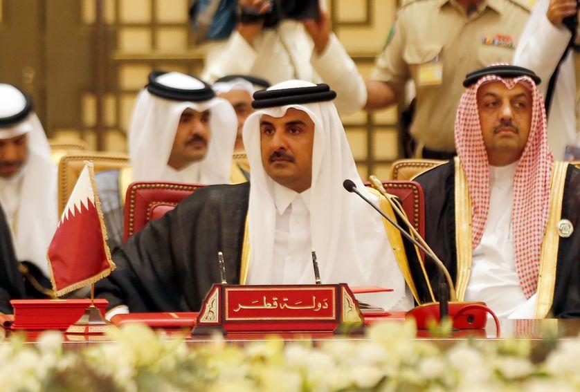 L'émir du Qatar Cheikh Tamim ben Hamad Al Thani en décembre dernier à Bahreïn, pour une réunion du Conseil de  coopération du Golfe (CCG), désormais violemment divisé