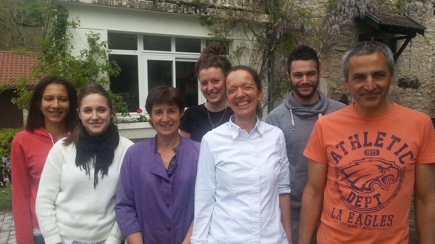 L'équipe de l'hôtel restaurant les Marronniers à Rencurel
