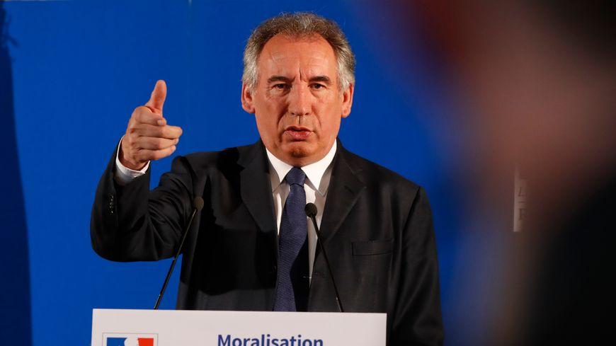 """François Bayrou a présenté, ce jeudi, la loi qui s'appellera """"Pour la confiance dans notre vie démocratique""""."""