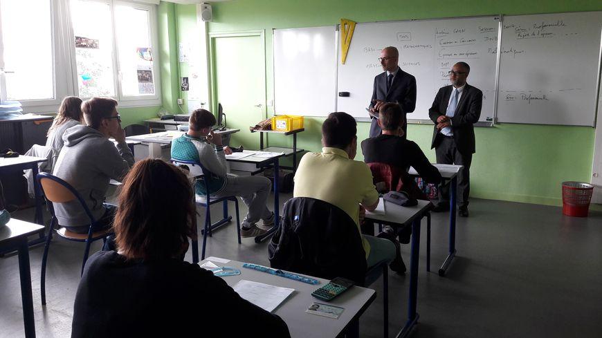 Le directeur académique des services du calvados, Mathias Bouvier, au collège J. Monod de Caen