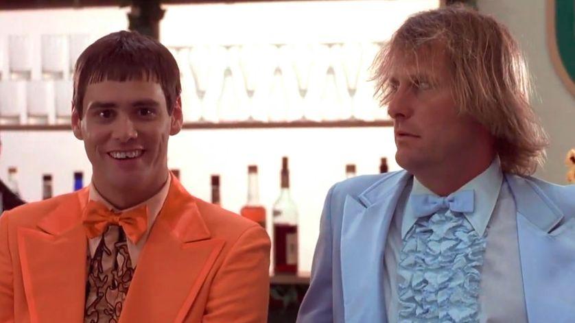 """Jim Carrey et Jeff Daniels dans """"Dumb and Dumber"""" (1994) des frères Farrelly"""