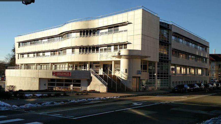L'hôpital de Pontarlier (Doubs).