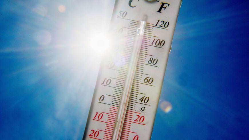 Jusqu'à 37°C encore, ce samedi, dans les terres. La Provence fait face à de grosses chaleurs. Et les pompiers sont débordés par les nombreux coups de chaud.