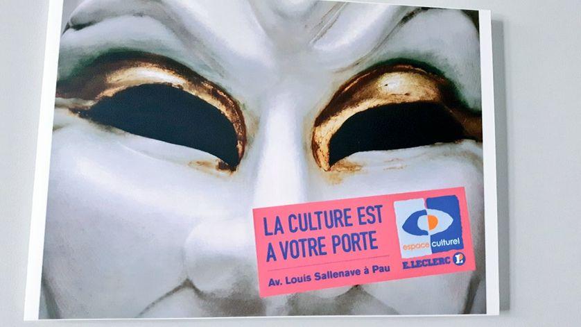 Au siège du groupe Leclerc, à Ivry sur Seine, la culture s'affiche sur les murs