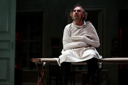 """Michel Vuillermoz dans """"Le père"""" d'August Strindberg en 2015"""