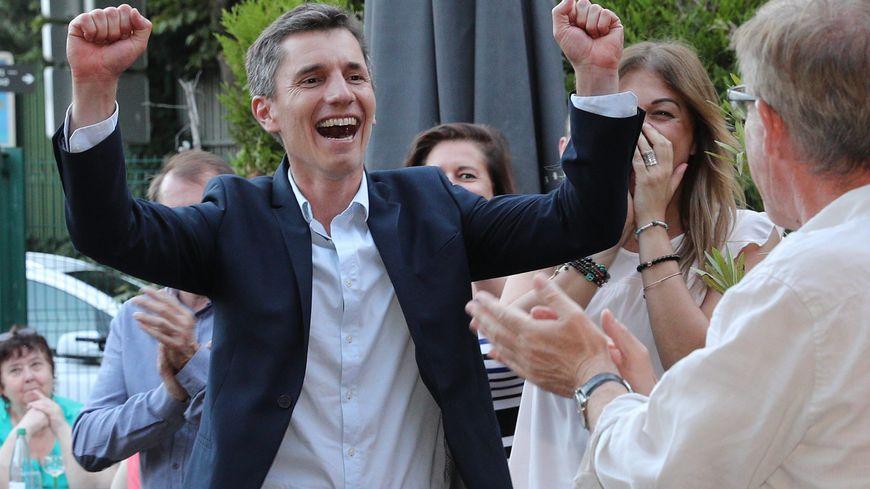 Bruno Studer, le 18 juin au soir, lors de sa victoire aux législatives dans la 3e circonscription du Bas-Rhin.