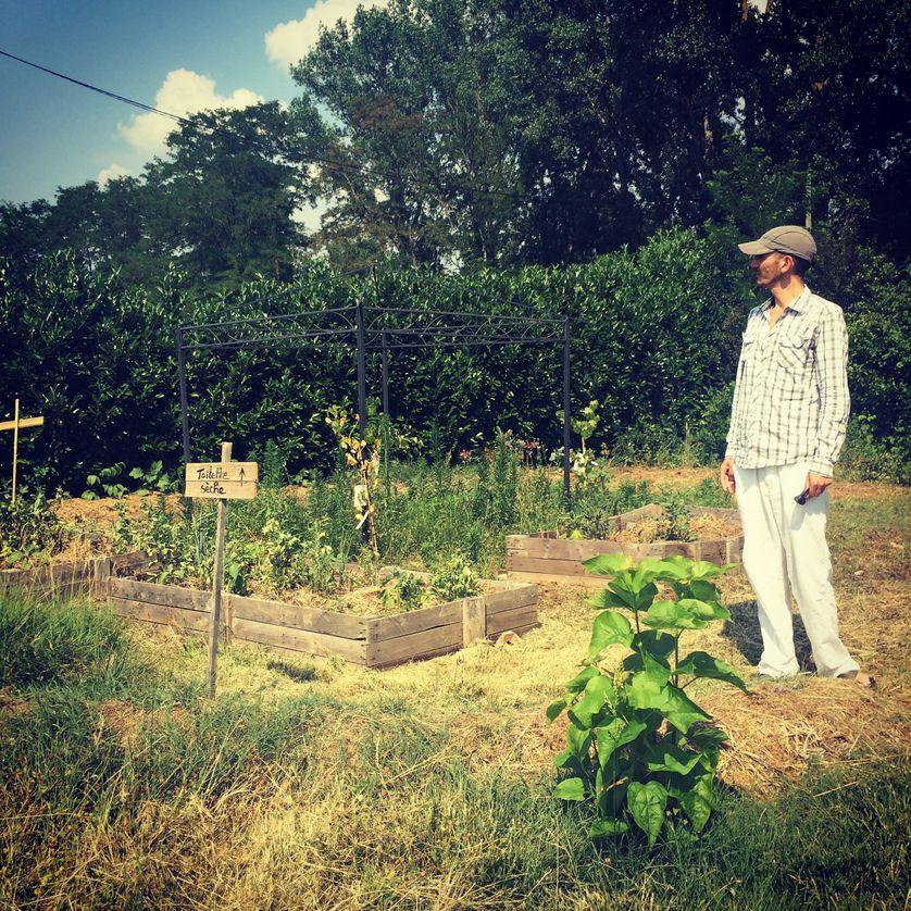 """Tamer Duncable, maraîcher sur le site de Canavières : """"Cette année, la récolte ne sera pas énorme""""."""