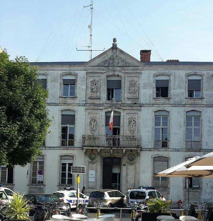 L'ancien commissariat de police de la Place de Verdun à La Rochelle