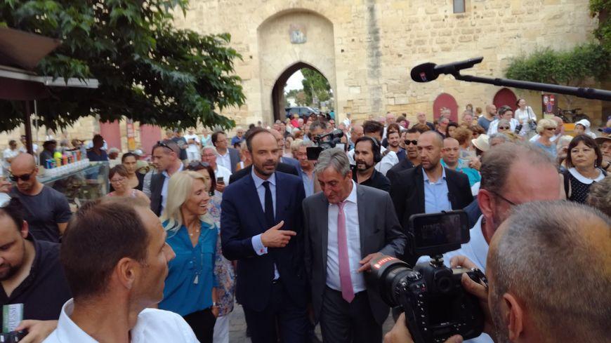 Edouard Philippe aux côtés de Marie Sara et du président du département Denis Bouad
