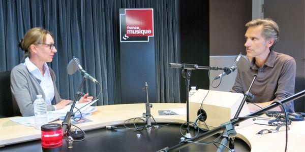 France Musique, studio 131... Laurence Decobert, conservateur en chef département de la Musique de la BnF & Le producteur Philippe Venturini (de g. à d.)