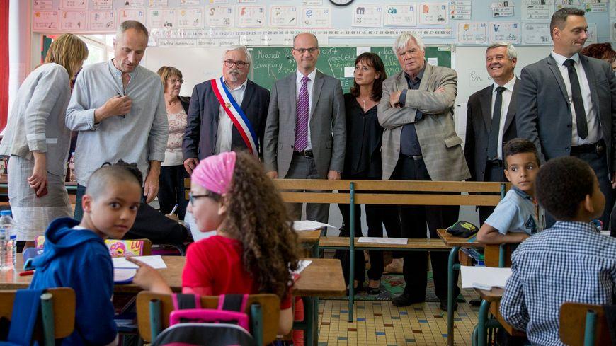 Le ministre de l'éducation, Jean-Michel Blanquer, en déplacement dans une ecole