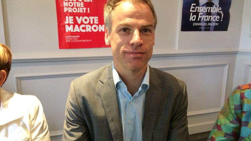 Sébastien Nadot prend le siège de l'ancien ministre socialiste Kader Arif