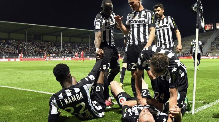 Sco Angers Calendrier.Ligue 1 Le Calendrier Du Sco D Angers Pour La Saison 2017 2018