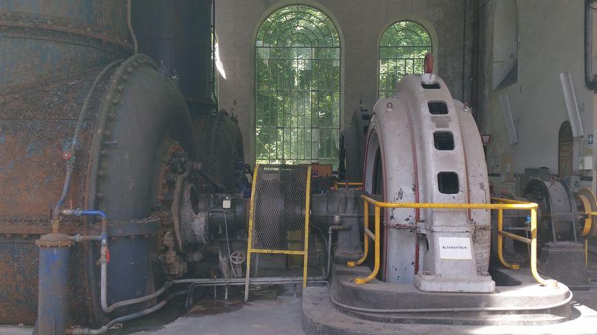 Intérieur de la centrale hydroélectrique des Vernes, à Livet