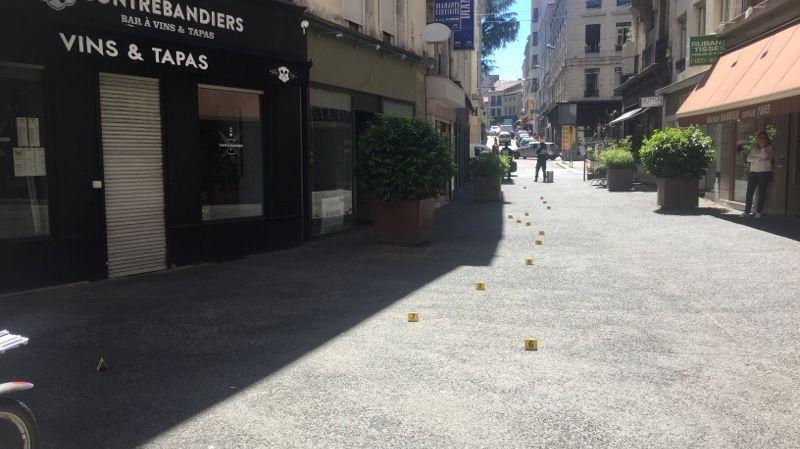 La scène de violence s'est déroulée à l'angle entre la rue Sainte-Catherine et la rue des Fossés