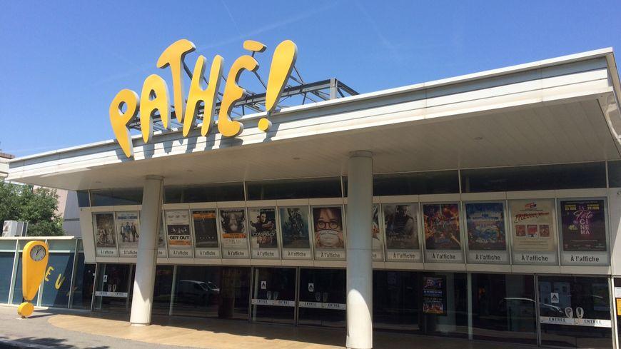 Le cinéma Pathé de Valence, avenue de Romans