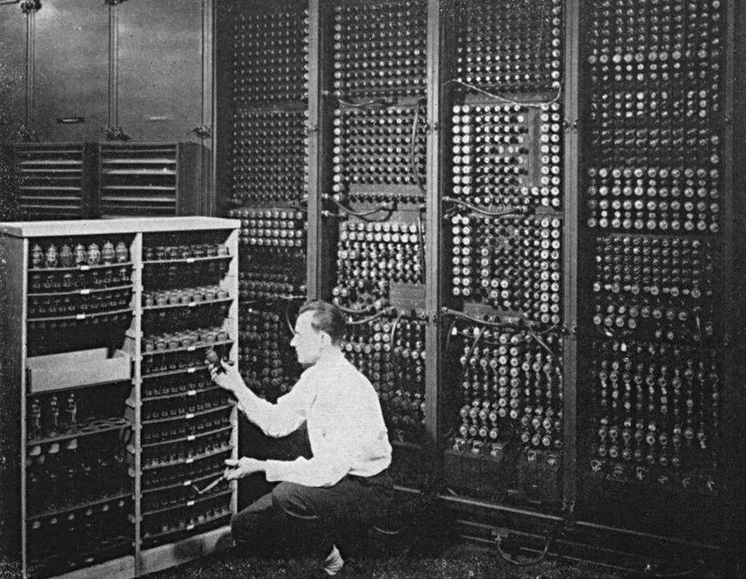 En 1946, l'ordinateur ENIAC occupait une place certaine...