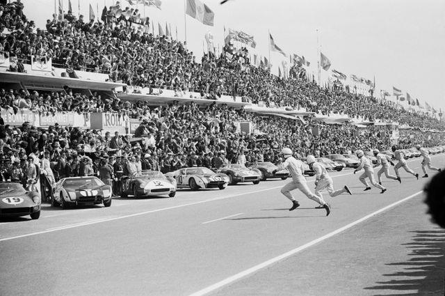 Départ des 24h du Mans 1964