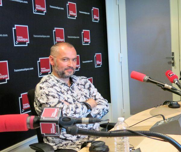 France Musique, studio 141... Arnaud Marzorati, baryton, directeur artistique de La Clique des Lunaisiens