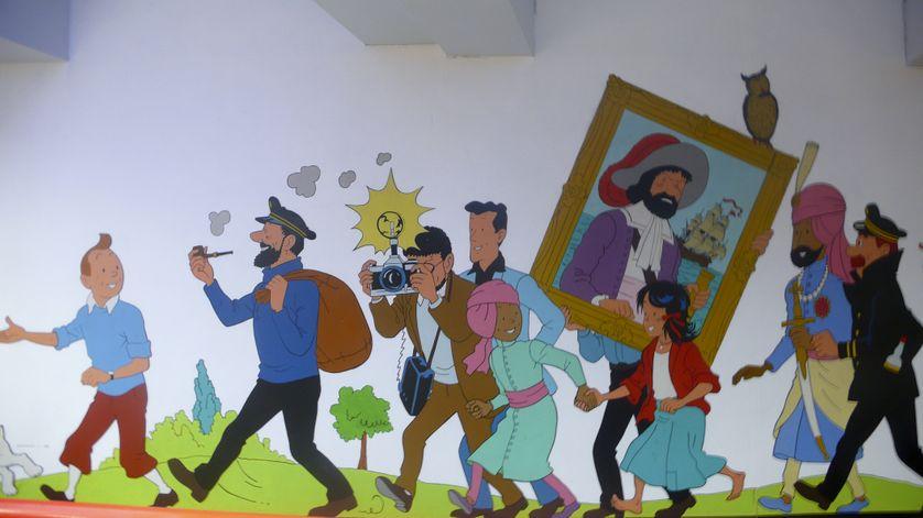 Brussels Stockel metro station mural designed by Hergé