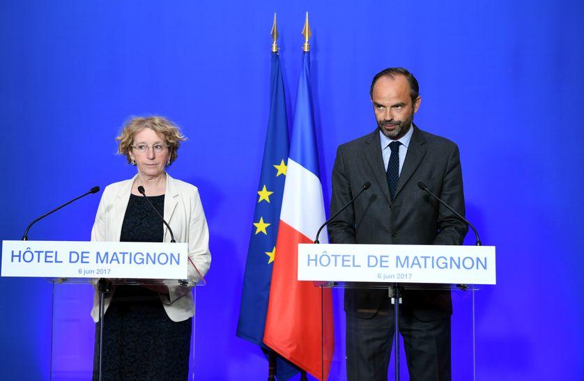 La ministre du travail, Muriel Penicaud, et le premier ministre, Edouard Philippe, au cours de la conférence de presse sur la réforme du travail le 6 juin 2017.